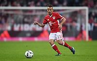 Fussball  1. Bundesliga  Saison 2016/2017  14. Spieltag  FC Bayern Muenchen - VfL Wolfsburg    10.12.2016 Rafinha (FC Bayern Muenchen) am Ball