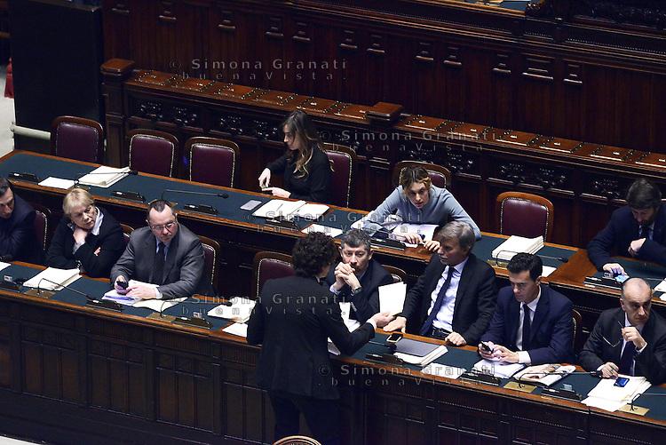 Roma, 10 Marzo 2015<br /> La Camera dei Deputati vota si alle Riforme della Costituzione.<br /> Danilo Toninelli dopo il suo intervento consegna al Governo il testo del discorso che Mattarella fece nel 2005 control a modifica della Costituzione
