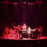 """Yes (Band) Live """"In The Round"""" Concert 