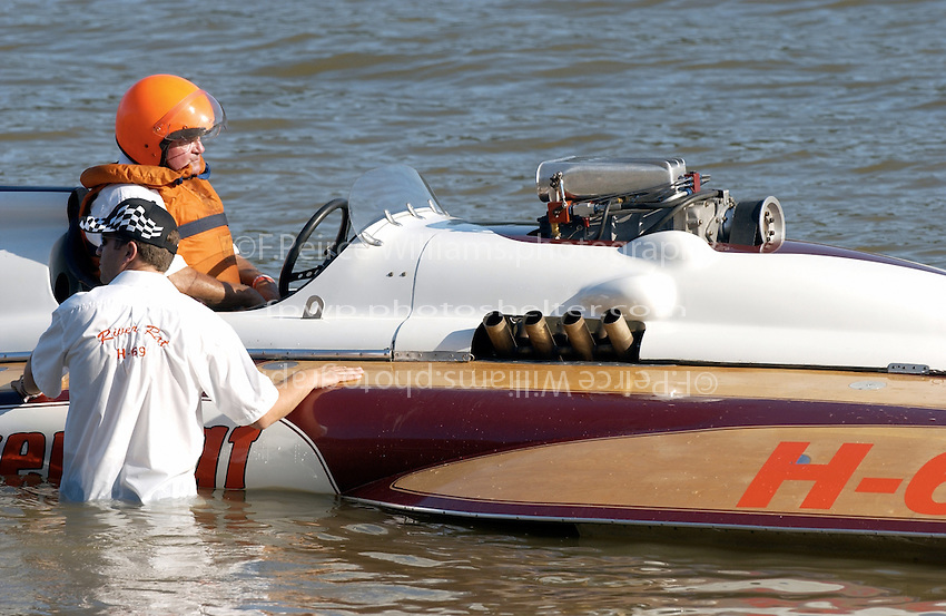 "Bill Cousins, H-69 ""River Rat"", (Cousins 7 Litre Div I class hydroplane)"