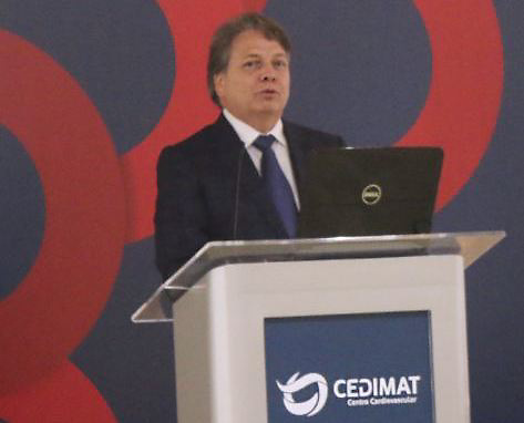 Dr. Jorge Pelet