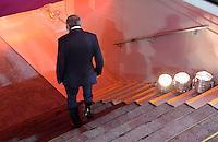 FUSSBALL   1. BUNDESLIGA  SAISON 2012/2013   5. Spieltag FC Bayern Muenchen - VFL Wolfsburg    25.09.2012 Trainer Felix Magath (VfL Wolfsburg) geht enttaeuscht in den Kabinentunnel