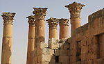 Top colums of Artemisa temple in Jerash