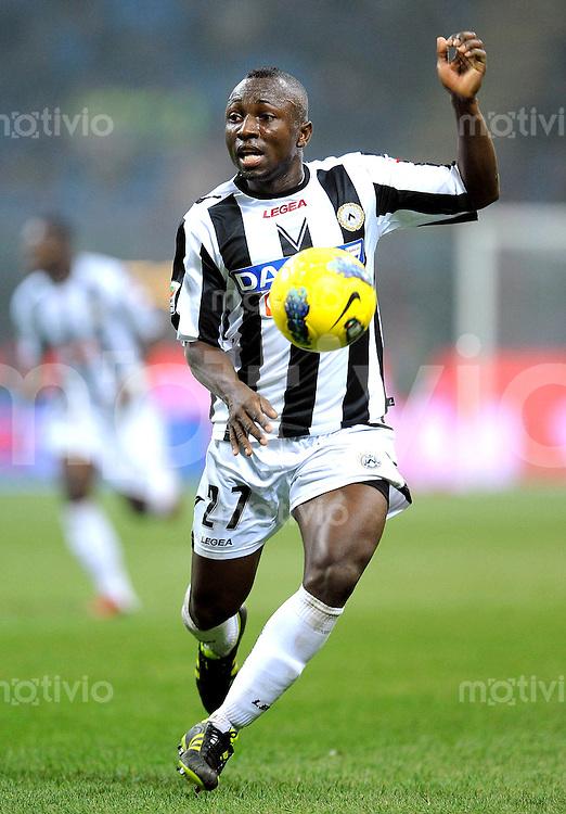 FUSSBALL INTERNATIONAL   SERIE A   SAISON 2011/2012    Inter Mailand - Udinese Calcio   03.12.2011 Pablo Estifer Armero  (Udinese Calcio)