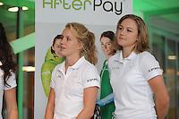 SCHAATSEN: HEERENVEEN: IJsstadion Thialf, Perspresentatie Team After Pay, Letitia de Jong, Karolína Erbanová, ©foto Martin de Jong