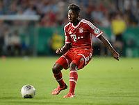 FUSSBALL       DFB POKAL 1. RUNDE        SAISON 2013/2014 in Osnabrueck BSV Schwarz-Weiss Rehden  - FC Bayern Muenchen  06.08.2013 David Alaba (FC Bayern Muenchen) am Ball