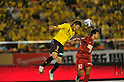 (L to R) Naoya Kondo (Reysol), Yuzo Tashiro (Antlers), JULY 23, 2011 - Football : 2011 J.LEAGUE Division 1,6th sec between Kashiwa Reysol 2-1 Kashima Antlers at National Stadium, Tokyo, Japan. (Photo by Jun Tsukida/AFLO SPORT) [0003]
