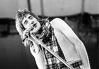 Rod Stewart and Faces in 1973.  Credit: Ian Dickson/MediaPunch
