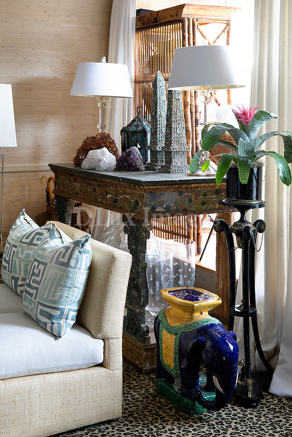 Wooden artwork console table