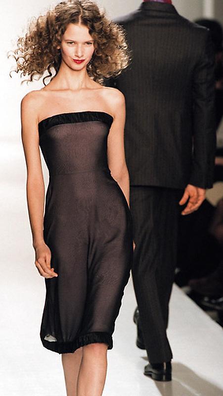 Slug: ST/Fashion.Date: 02-10-2000.Photogrpaher: Mark Finkenstaedt FTWP.Location: NYC.Caption: Richard Tyler