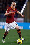 Calcio, Serie A: Roma vs Fiorentina. Roma, stadio Olimpico, 8 dicembre 2012..AS Roma midfielder Michael Bradley, of the United States, in action during the Italian Serie A football match between AS Roma and Fiorentina at Rome's Olympic stadium, 8 december 2012..UPDATE IMAGES PRESS/Isabella Bonotto