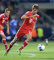 FUSSBALL  SUPERCUP  FINALE  2013  in Prag    FC Bayern Muenchen - FC Chelsea London          30.08.2013 Thomas Mueller (FC Bayern Muenchen) Einzelaktion am Ball