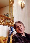 ALLAN HOLDSWORTH - Paris France - 2005.  Photo credit: Eric Morere/Dalle/IconicPix