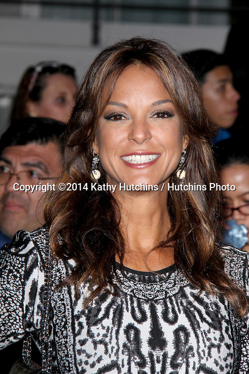 """LOS ANGELES - MAR 18:  Eva LaRue at the """"Divergent"""" Los Angeles Premiere at Bruin Theater on March 18, 2014 in Westwood, CA"""