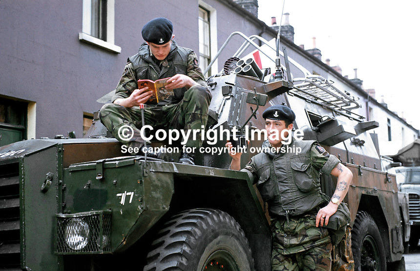 British soldiers on duty in Belfast, N Ireland, have a tea break, September, 1971, 197109000431f.<br /> <br /> Copyright Image from Victor Patterson, 54 Dorchester Park, Belfast, UK, BT9 6RJ<br /> <br /> t1: +44 28 9066 1296<br /> t2: +44 28 9002 2446<br /> m: +44 7802 353836<br /> <br /> e1: victorpatterson@me.com<br /> e2: victorpatterson@gmail.com<br /> <br /> www.victorpatterson.com<br /> <br /> IMPORTANT: Please see my Terms and Conditions of Use at www.victorpatterson.com