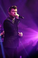 Rick Astley In Concert