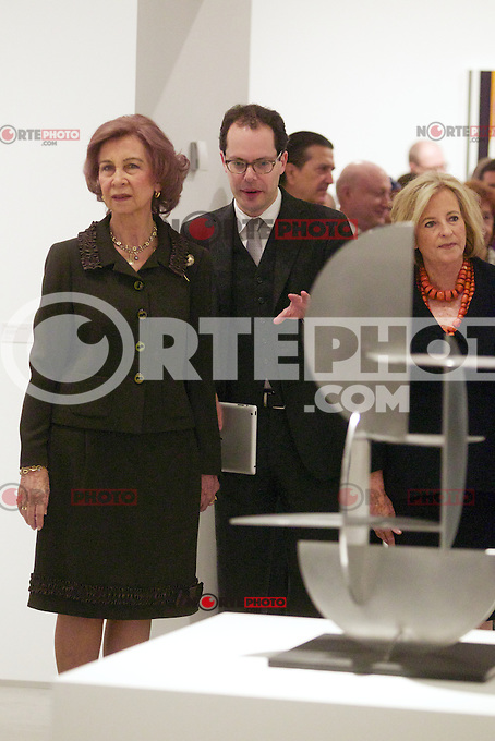 Spain's queen Sofia and collection owner Patricia Phelps de Cisneros opens a new exposition at Reina Sofia Museum. January 22, 2013. (ALTERPHOTOS/Alvaro Hernandez) /NortePhoto