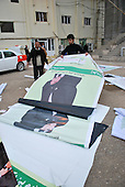 SULAIMANIYAH, IRAQ:  Election workers prepare party signs on the first day of official election campaigning...Election workers start their campaigns for the Iraqi Parliamentary Elections due to be held March 7th, 2010...Photo by Aram Karim/Metrography