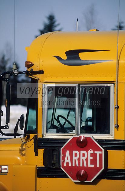 Amérique/Amérique du Nord/Canada/Quebec/Malbaie : Bus d'écoliers