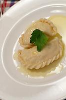 Sissy & Stefanie Sonnleitner Landhaus, Restaurant, Genusswerkstatt. Krendlkurs (Karntnernudel cooking course) with Sissy Sonnleitner. Classic Kasnudeln (Carinthian Cheese Dumplings).