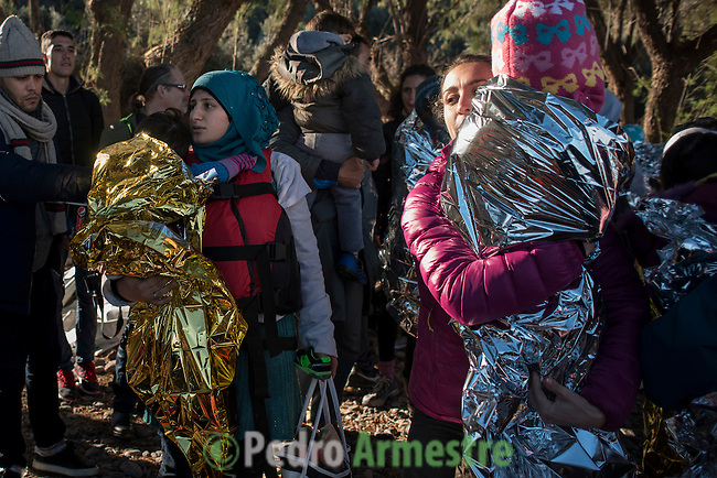 2015/12/01. Lesbos, Grecia. <br /> Three months after the death of Aylan Kurdi, Save the Children remember that the security of the borders can not be above the rights of refugees. Only in Greece, 728,000 refugees have arrived this year, 26% are children. Most small boats have arrived in the Greek island of Lesbos from Turkey. Pedro Armestre / Save the Children.<br /> Tres meses despu&eacute;s de la muerte de Aylan Kurdi, Save the Children recuerda que la seguridad de las fronteras no puede estar por encima de los derechos de los refugiados. Solo a Grecia han llegada m&aacute;s 728.000 personas refugiadas en lo que va de a&ntilde;o, el 26% son ni&ntilde;os. La mayor&iacute;a han llegado en peque&ntilde;as embarcaciones a la isla griega  de Lesbos procedentes de Turqu&iacute;a. Desde la muerte de Aylan m&aacute;s de 120 ni&ntilde;os han muerto en el mar intentando llegar a Europa. <br />  &copy; Pedro Armestre/ Save the Children Handout. No ventas -No Archivos - Uso editorial solamente - Uso libre solamente para 14 d&iacute;as despu&eacute;s de liberaci&oacute;n. Foto proporcionada por SAVE THE CHILDREN, uso solamente para ilustrar noticias o comentarios sobre los hechos o eventos representados en esta imagen.<br /> &copy; Pedro Armestre/ Save the Children Handout - No sales - No Archives - Editorial Use Only - Free use only for 14 days after release. Photo provided by SAVE THE CHILDREN, distributed handout photo to be used only to illustrate news reporting or commentary on the facts or events depicted in this image.