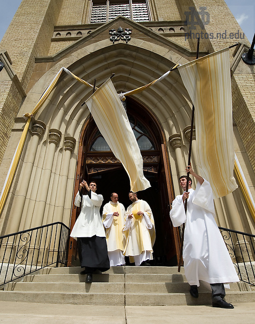 Apr. 24, 2011; Easter at The Basilica of the Sacred Heart..Photo by Matt Cashore/University of Notre Dame