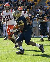03 November 2007: Pitt running back LeSean McCoy (25)..The Pitt Panthers defeated the Syracuse Orange  20-17 on November 03, 2007 at Heinz Field, Pittsburgh, Pennsylvania.