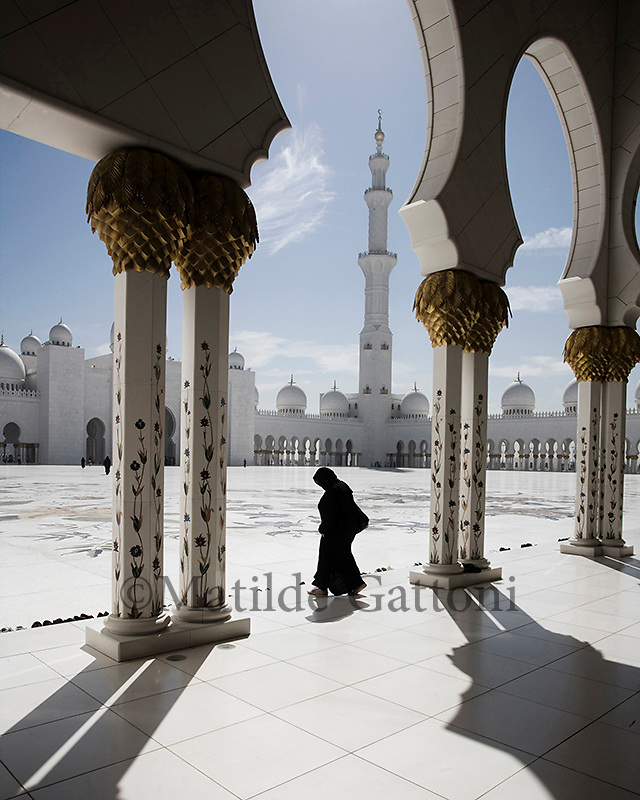 Abu Dhabi - Sheikh Zayed Mosque - The third largest mosque in the world