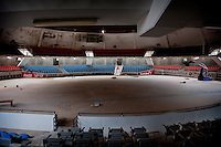 In the Dome, the supporters used to come every Thursday and Saturday to applaud the champions of boxing. With its 2 500 seats, the stadium always had a full house.