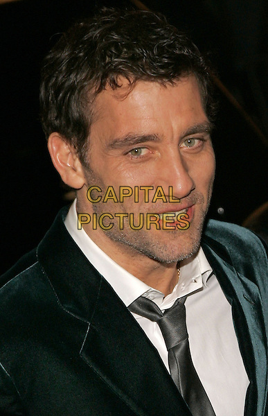 """CLIVE OWEN.The NY Premiere of """"Inside Man"""" at the Ziegfeld Theatre, New York, NY, USA..March 19th, 2006.Photo: Jackson Lee/Admedia/Capital Pictures.Ref: JL/ADM.headshot portrait .www.capitalpictures.com.sales@capitalpictures.com.© Capital Pictures."""