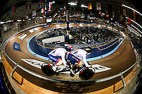 Picture by Alex Whitehead/SWpix.com - 05/03/2017 - Cycling - UCI Para-cycling Track World Championships - Velo Sports Center, Los Angeles, USA - Great Britain's Sophie Thornhill (piloted by Corrine Hall) in action during the Women's Sprint qualification.