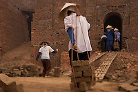 Brick kilns near Hanoi, Vietnam.Anne Chadwick Williams.November 2005 Vietnamese brick kilns are heavy polluters. The kilns emit sulphur dioxide and hydrogen sulphide at levels much higher than permitted levels. Some kilns have been shut down. Brick kiln owners can be fines for running their kiln without being equipped with the proper fume-processing system.