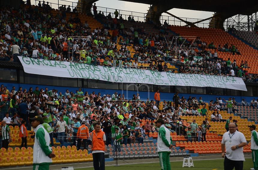 MEDELLÍN -COLOMBIA-16-ABRIL-2016. Hinchas   del  Atlético Nacional contra el Envigado FC por la fecha 13 de Liga Águila I 2016 jugado en el estadio Atanasio Girardot ./ Fans of  Atletico Nacional during the match againts  Envigado FC   for the date 13 of the Aguila League I 2016 played at Atanasio Girardot  stadium in Medellin . Photo: VizzorImage / León Monsalve  / Contribuidor