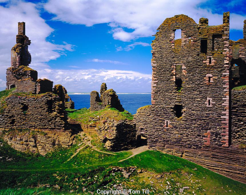 Ancient Castle Remains, North Sea, Scotland, United Kingdom    Sinclair and Girnigoe Castles (1400's)     Near wick