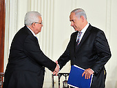 President Mahmoud Abbas of the Palestinian Authority, and Prime Minister Benjamin Netanyahu of Israel shake hands as United States President Barack Obama and Middle Eastern leaders make statements in the East Room of the White House following their bi-lateral meetings  in Washington, D.C. on Wednesday, September 1, 2010.  The statements are in advance of the opening of the first direct talks in two years between Israel and the Palestinian Authority scheduled to begin at the State Department in Washington, D.C. tomorrow.  .Credit: Ron Sachs / Pool via CNPUnited States President Barack Obama and Middle Eastern leaders make statements in the East Room of the White House following their bi-lateral meetings  in Washington, D.C. on Wednesday, September 1, 2010.  The statements are in advance of the opening of the first direct talks in two years between Israel and the Palestinian Authority scheduled to begin at the State Department in Washington, D.C. tomorrow.  From left to right: Prime Minister Benjamin Netanyahu of Israel, President Hosni Mubarak of Egypt, President Mahmoud Abbas of the Palestinian Authority, and King Abdullah II of Jordan..Credit: Ron Sachs / Pool via CNP.(RESTRICTION: NO New York or New Jersey Newspapers or newspapers within a 75 mile radius of New York City)