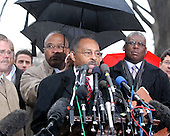Washington, DC - January 6, 2009 -- United States Senator-designate Roland Burris (Democrat of Illinois) makes a statement after being turned away at the Office of the Secretary of the Senate at the United States Capitol in Washington, DC on Tuesday, January 6, 2009..Credit: Ron Sachs / CNP.(RESTRICTION: NO New York or New Jersey Newspapers or newspapers within a 75 mile radius of New York City)
