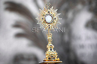Adoration of the Blessed Sacrament,Pope Benedict XVI celebrates a mass in Rome's St John's in Lateran Basilica on June 7, 2012