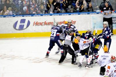 December 04-16,Mercedes-Benz-Arena,Berlin,Germany<br /> DEL Ice-Hockey ,German ice-hockey<br /> Eisbaeren Berlin vs FISCHTOWN PINGUINS<br /> Brawl at the end of the game,Eisb&auml;ren win 4:2 after an empty netter...