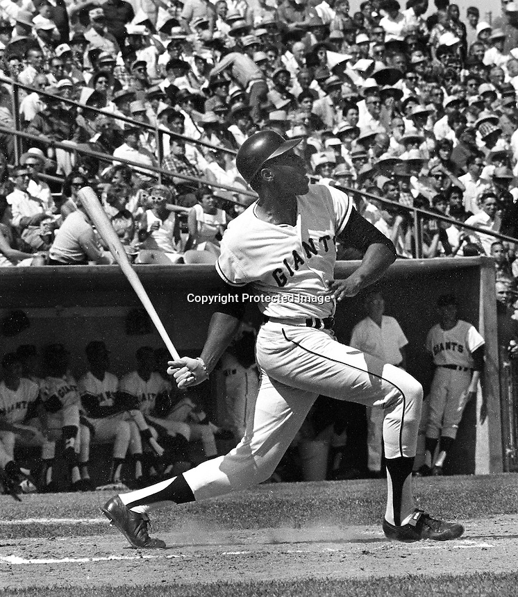 San Francisco Giants slugger Willie McCovey.<br />(1967 photo by Ron Riesterer)