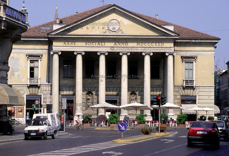 Mantova, Teatro Sociale dell'architetto Luigi Canonica.<br /> Mantua, Teatro Sociale by the architect Luigi Canonica.