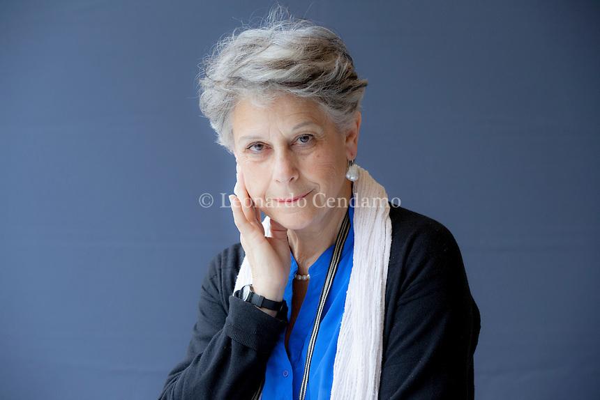Simonetta Agnello Hornby è una scrittrice italiana naturalizzata britannica. George è il figlio di Simonetta Agnello Hornby, la scrittrice nata a Palermo, da anni residente a Londra e con lei ha fatto un viaggio di tre Torino Salone del Libro 2016. © Leonardo Cendamo