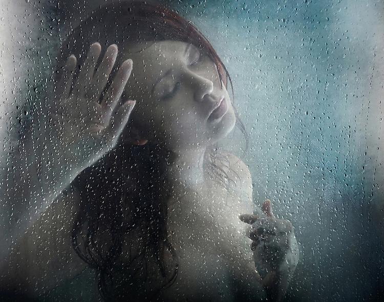 Resultado de imagen de La silueta en la ducha