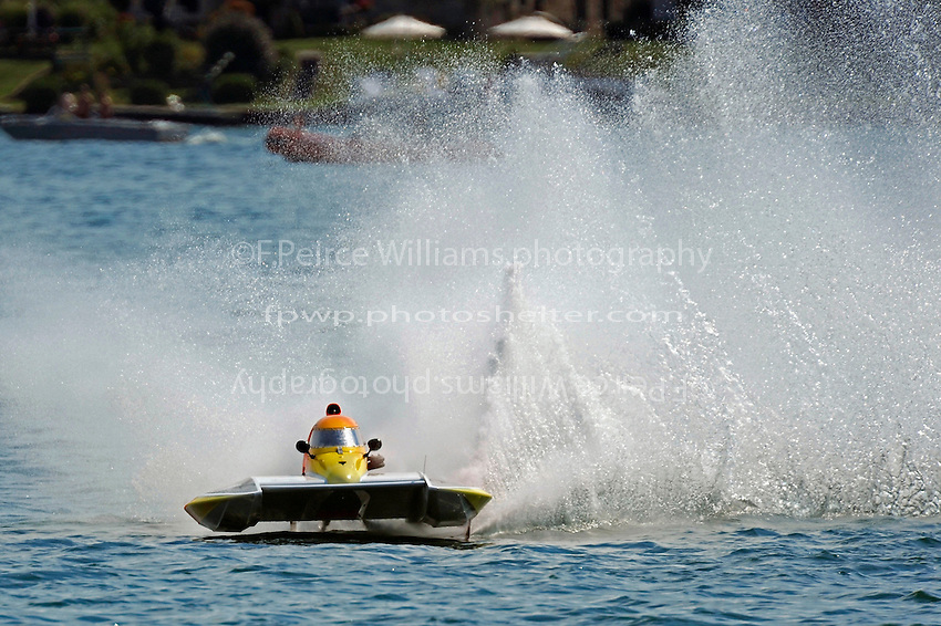 """Steve Armstrong, CS-11 """"Total Chaos""""  (2.5 Litre Stock hydroplane(s)"""