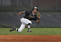 NWA Democrat-Gazette/BEN GOFF @NWABENGOFF<br /> Kam'ron Mays-Hunt, Bentonville right fielder, catches a fly ball Monday, April 17, 2017, during the second inning against Rogers at the Tiger Athletic Complex in Bentonville.