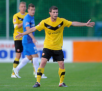 Fussball, 2. Bundesliga, Saison 2011/12, Testspiel SG Dynamo Dresden - Slovan Liberec, Pirna. Dresdens Giannis Papadopoulos gestikuliert.