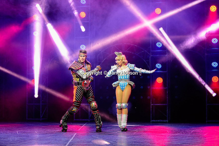- StarlightExpress-JHO-0671