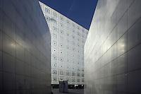 Arab World Institute (AWI) or Institut du Monde Arabe (IMA), 1981-1987, architect Jean Nouvel (Fumel, Lot-et-Garonne, France 1945), 5th arrondissent, Paris, France Picture by Manuel Cohen