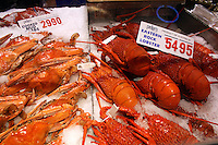 Sidney Fish Market, Australia. Mud crabs and lobster.