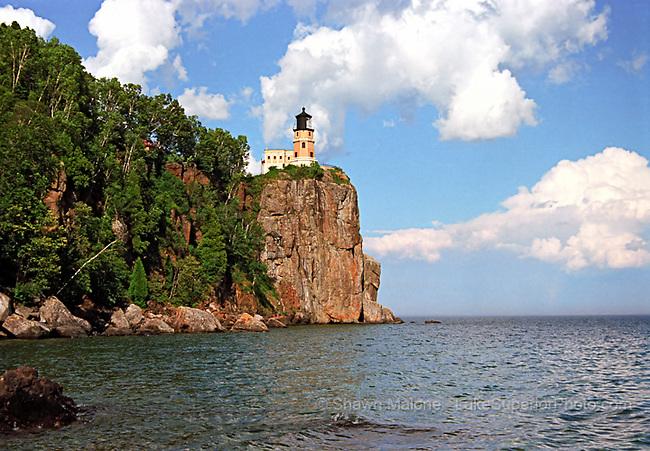 lighthouses in the Upper Peninsula of Michigan | LakeSuperiorPhoto.com: lakesuperiorphoto.photoshelter.com/image/I0000oEdguG.mJ.c
