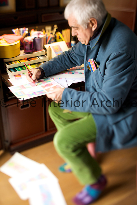 Paolo Bagnara working in his office at home